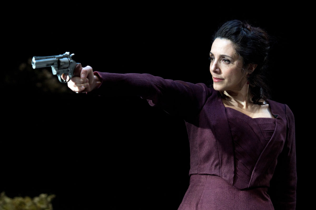 men in hedda gabler The analysis of hedda gabler proceeds page by page, rather than by topic, such as the symbolism of the guns or hedda's character i have tried to parallel the reading process, so that you can read the analysis and easily refer to the play or even read the analysis as you read the play, if you wish.