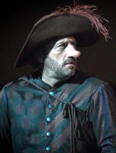 """Milano. Patrick Pineau, protagonista di """"Cyrano de Bergerac"""" di Rostand al Piccolo Teatro Strehler, spettacolo celebrativo del trentesimo anniversario dei Teatri d'Europa, creati da Giorgio Strehler e Jack Lang nel 1983"""