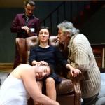 """Milano. Una scena di """"Ritorno a casa"""" di Harold Pinter, con la regia di Peter Stein, al Piccolo Teatro Grassi (foto Pino Le Pera)."""