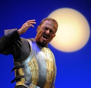"""Milano. Massimo Dapporto protagonista di """"Otello"""" di Shakespeare, al Teatro Carcano (foto Raffaella Cavalieri)"""