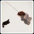 Divagazioni sull'Ethica di Spinoza, mentre una fanciulla è appesa a un cavo e un cane si struscia ragionando di filosofia
