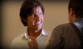 Tom Cruise è Barry Seal, pilota d'aereo, corriere dei narcos e informatore federale. Una vita al limite. Tutta da ridere