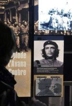 Il Che è morto, viva il Che. A Milano una mostra sull'eroe più romantico del Novecento. Fra nostalgia e multimedialità